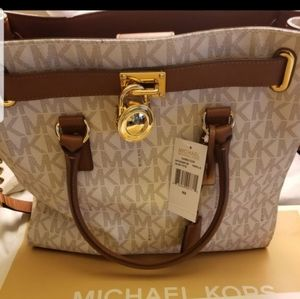 NEW MONOGRAM VANILLA/BROWN MICHAEL KORS PURSE $325